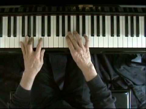 Learn blues piano lesson 10