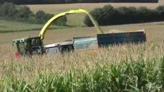 Réalisation Films Vidéo Agriculture ,Récolte Ensilage de Maïs Ensileuse John Deere 7400
