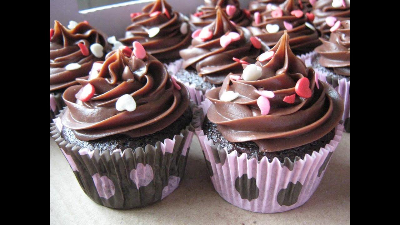 Cake Design Passo A Passo : #BoraPraCozinha Como Fazer CupCake: Jeito Facil Para ...