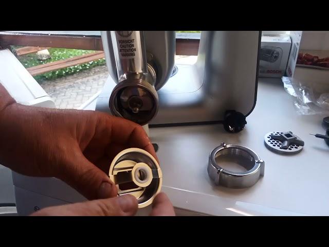 Bosch Robotgéphez (MUM4 ès MUM5) aprósütemèny kèszítő előtèt  MUZ45SV1