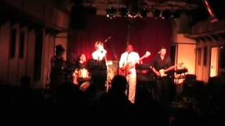 "Vydiss (4) performing live ""Mwaye"" @ Boer"
