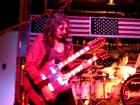 Led Zeppelin's Heartbreaker And Livin' Lovin' Maid By Jettstream