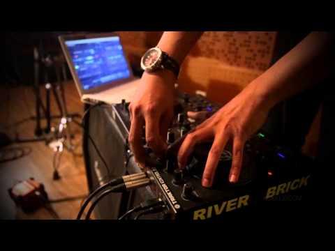 Alexa - Jangan Kau Lepas (Remix) - Klikklip