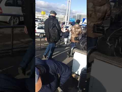 Перекур в Домодедово, перед последним прышком на Москву