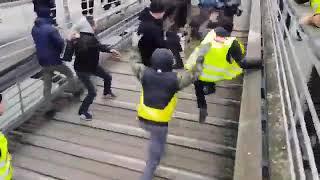Gelbwesten in Frankreich: Wenn Polizisten prügeln, wird jetzt zurückgeschlagen