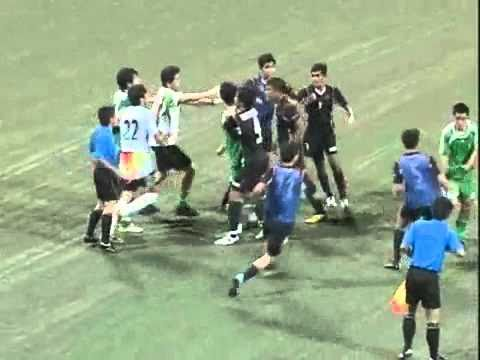 S-League 'FootBrawl' match-Young Lions vs Beijing Guoan Talent.flv