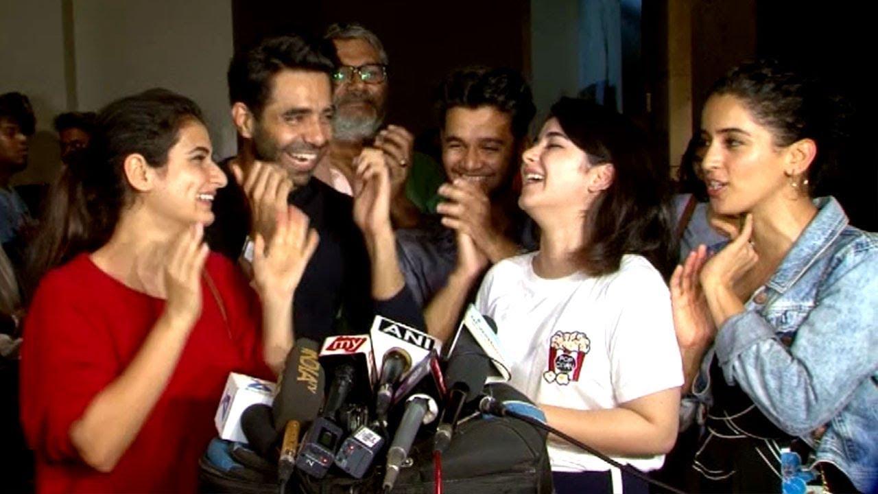Download Dangal CUTE Girls Reaction On Secret Superstar Movie - Zaira Wasim,Fatima Shaikh,Aamir Khan