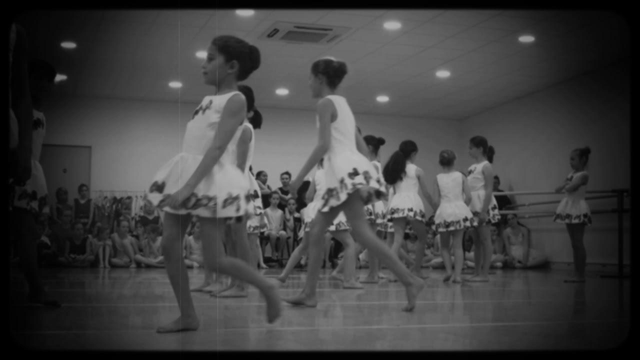 Ecole de danse 4ème art - Diane Tsitera