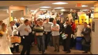 Happy Holiday 2010 LipDub - Klick - over 50 viral videos...