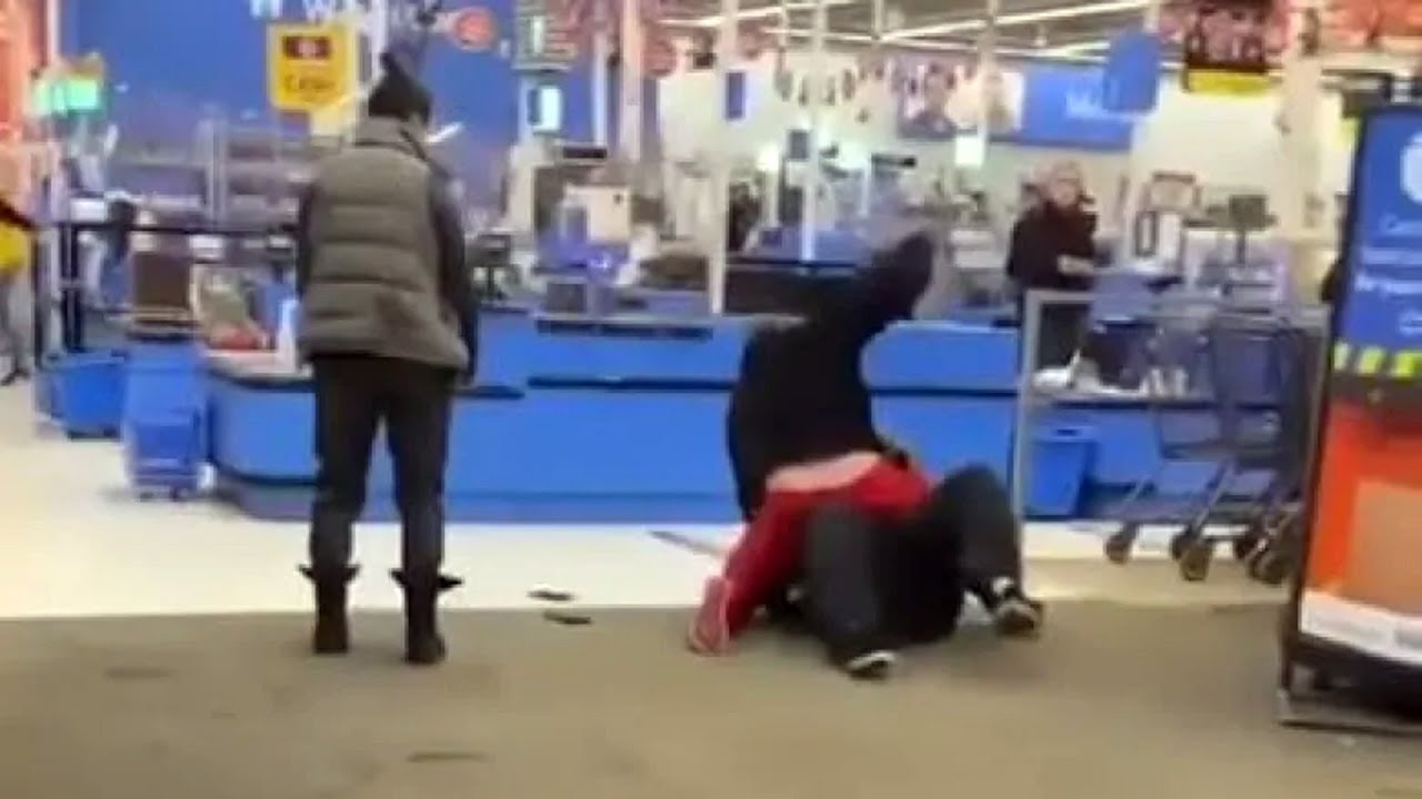Walmart worker assaulted, after harassing customer for no mask. Media  propaganda follows.