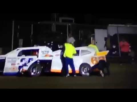Superbowl speedway fight