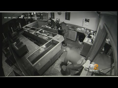 Thieves Steal 350K-Worth Of Jewelry From Family-Owned Store In Devastating Smash-And-Grab