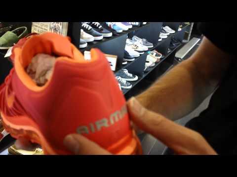 Nike Air Max 2011- Max Orange/Total Orange