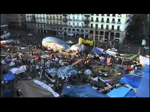 Spain's 'indignados' in silent defiance in Madrid