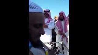بالفيديو..عائض القرنى يصل الرياض لاستكمال علاجه بعد تعرضه لمحاولة اغتيال