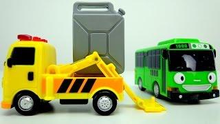 Автобус Тайо! Роги икает. Игрушки из мультфильма
