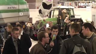 SIMA TV : après les supercars du Mondial de l'auto, place aux tracteurs du SIMA 2015