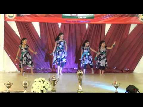 Group Dance Poo Pookum Osai