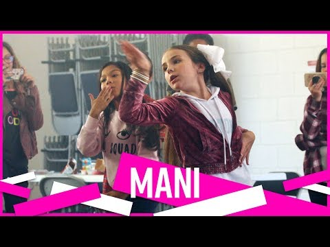 "MANI | Piper & Hayley in ""I'm The Captain Now"" 