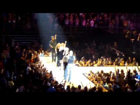 I'm Only Me When I'm With You - Fearless Tour Encore - Taylor Swift, Kellie Pickler, Gloriana