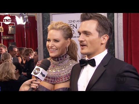 Rupert Friend and Aimee Mullins I SAG Awards Red Carpet 2016 I TNT