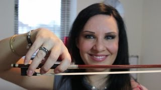 HOW TO: Hold A Violin Bow - The way I do anyway....