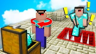 BACKWARDS NOOB SKIN TROLL! (Ultimate Minecraft SKYWARS Trolling)