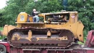 Caterpillar D9G donkey start and  unloading off a low loader thumbnail