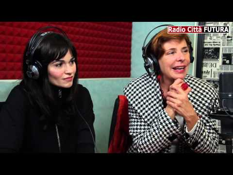 """Romina Mondello e Pamela Villoresi in """"Eva contro Eva"""" - HD"""