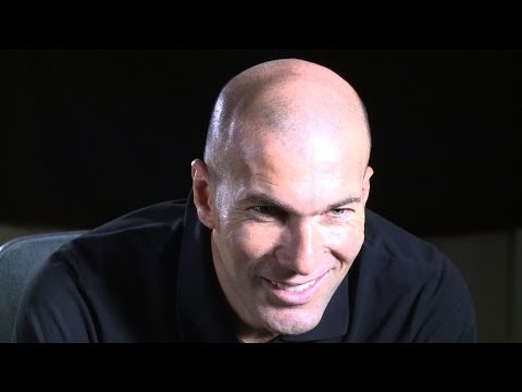 Zidane answers FIFA's Facebook fans - YouTube