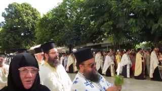 Život na Korfu - procesí pravoslavných popů na sv. Spyridona Thumbnail