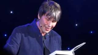 Brian Cox narrates famous Carl Sagan verse - Pale Blue Dot