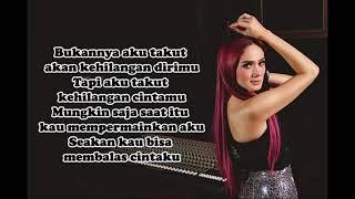 Download Mulan Jameela - Bukannya Aku Takut (Lyrics Video)