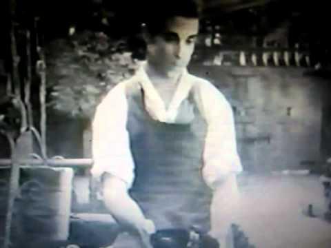 """Charming"" Ramon Novarro dans Devil May Care (1929)"