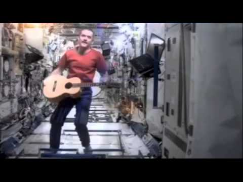 astronaut sings space oddity - photo #12