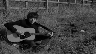 Jake Bugg- Love me the way you do.