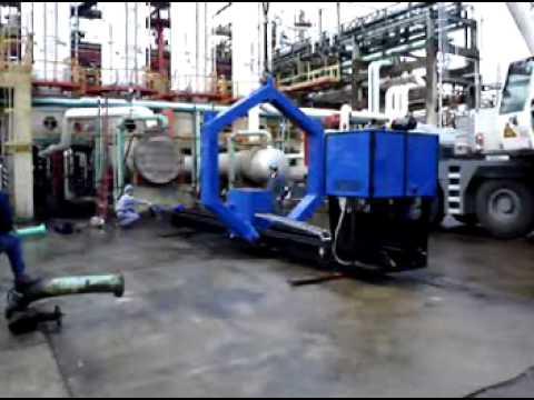 Bundle Puller extracting a Heat Exchanger - Kidextractor - www.kidextractor.net