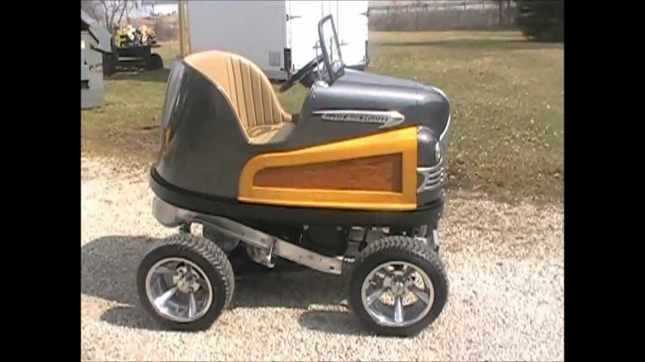 Classic Yamaha Golf Cart