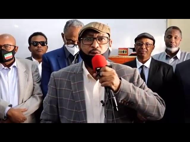 Waxaynu Baddali-doona Kuwa Baloodhada Iyo Baloogyada Habaynaya..,