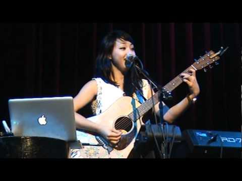 Clara C Live In Manila [12/1/2011] - Clara Chung - Offbeat