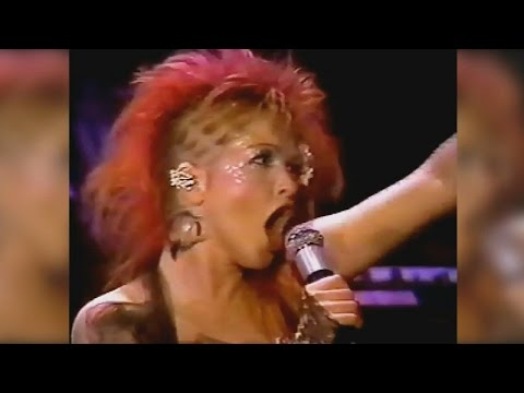 Cyndi Lauper - 1984  Showtime Mini Concert