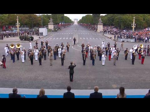 Francia celebra el Día de la Bastilla al ritmo de Daft Punk