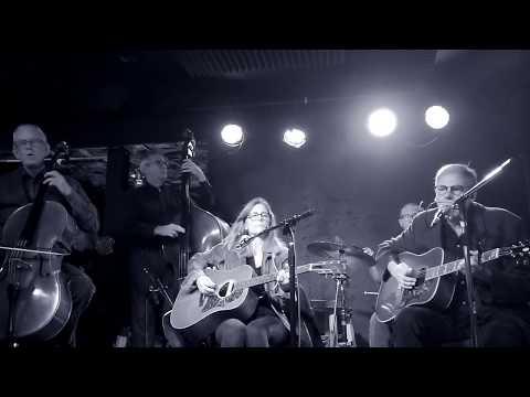 Jeff Kelly and The Cats of Cádiz - Kiss the Moon Hello
