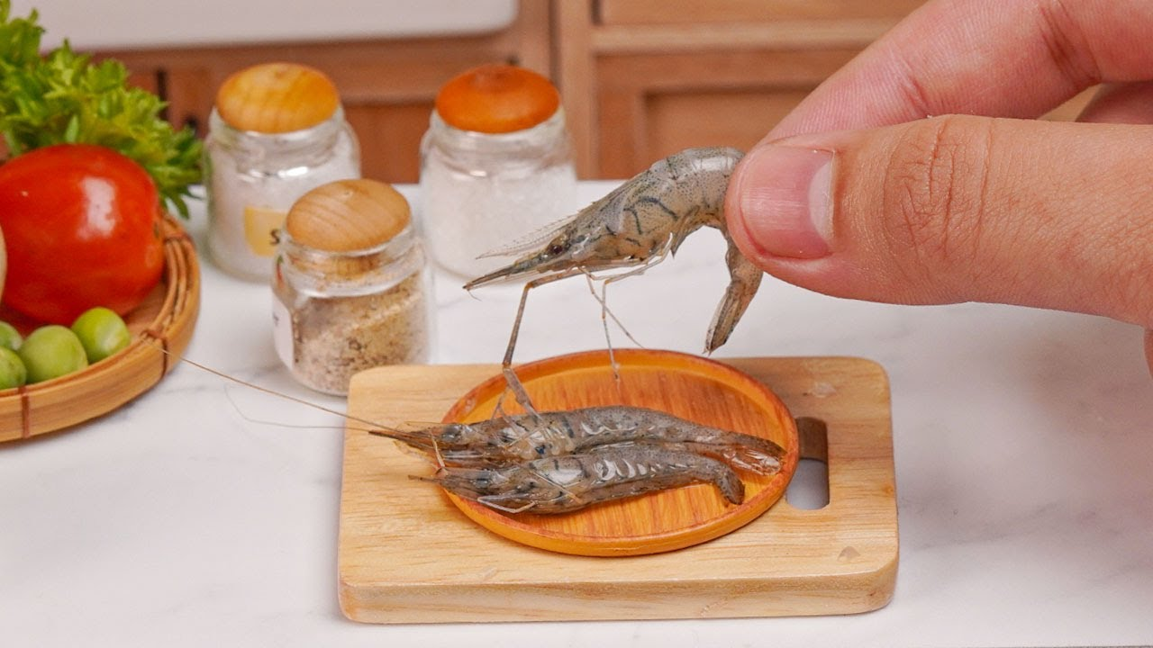 How to make Miniature Garlic Shrimp   ASMR Miniature Cooking by Tiny Cakes