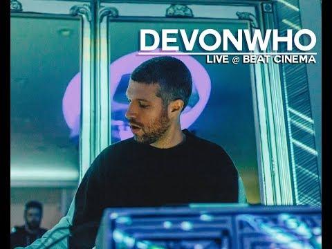Devonwho Live @
