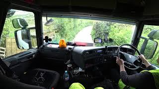 Gambar cover Jogando o motorista novo no aperto total   Scania carregado com madeira