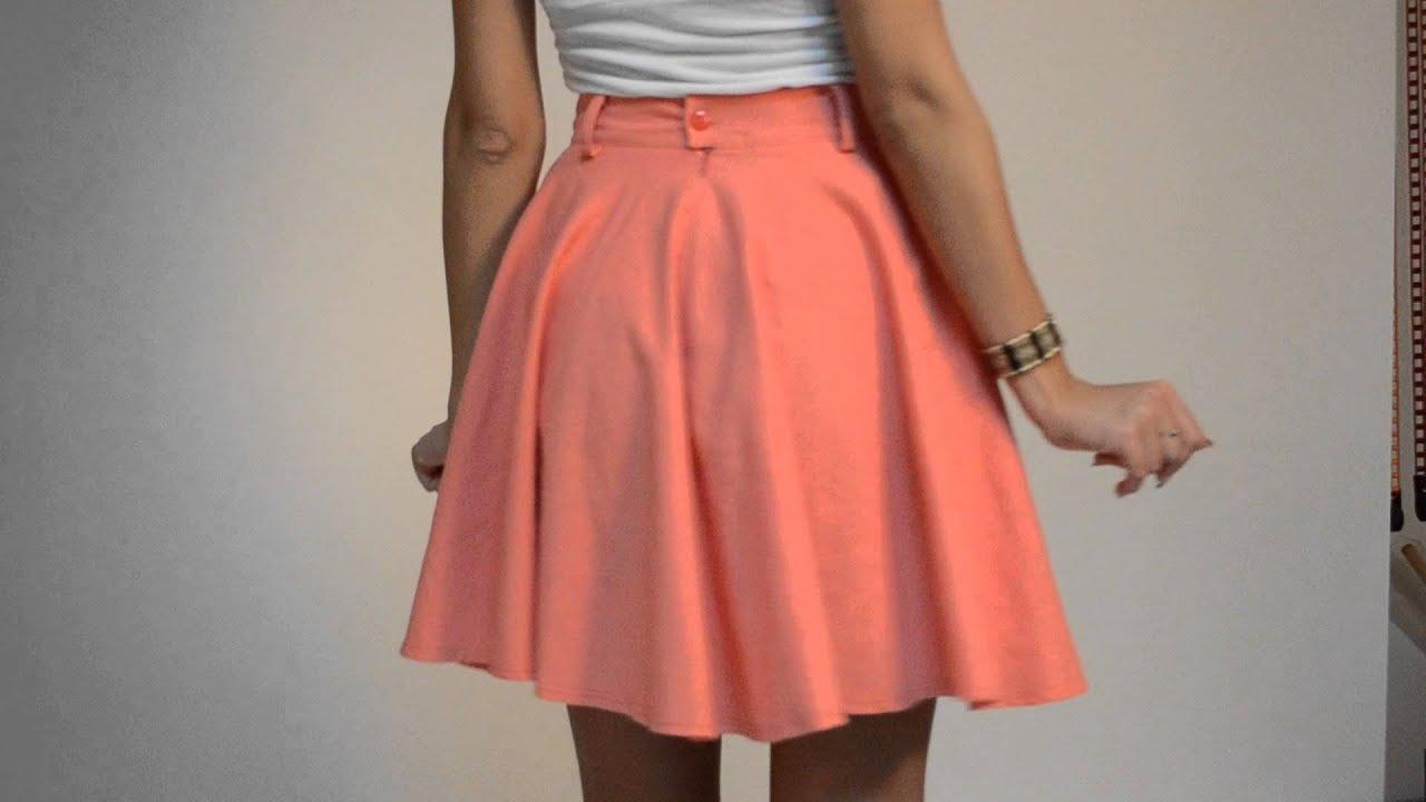В интернет-магазине бренда grandua можно найти юбки любой длины – « макси» (до щиколотки или ниже), «миди» (до середины голени), средней длины. Напоминаем, юбки от производителя grandua вы можете купить в розницу, по специальной цене (при заказе от 5 единиц) или оптом (оптовые цены.