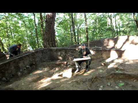 Раскопки захоронения у Мамоново 1