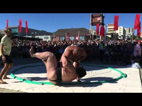 Sumo Wrestling: David vs Goliath (Japan's heaviest man of a