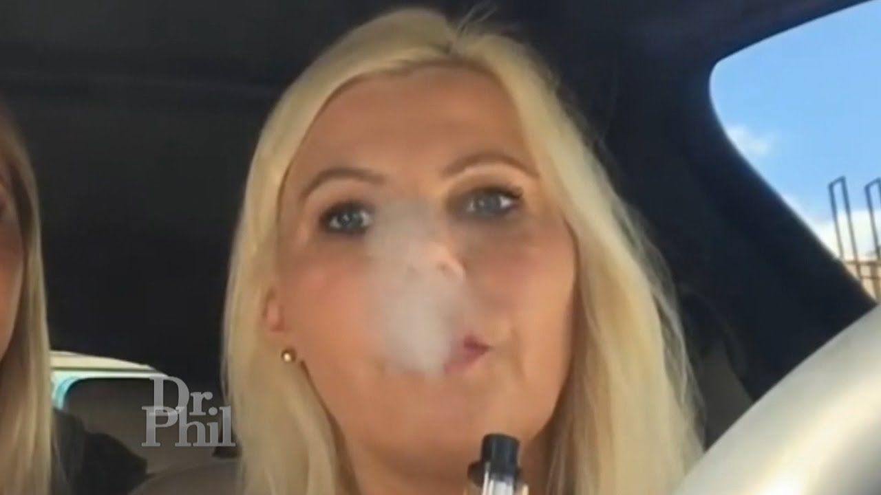 Woman Fears Mom Is Addicted to Vaping